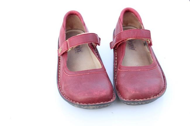 Alegria by PG Lite Red Bell Mules/Slides Size US 7 Regular (M, B) Alegria by PG Lite Red Bell Mules/Slides Size US 7 Regular (M, B) Image 4