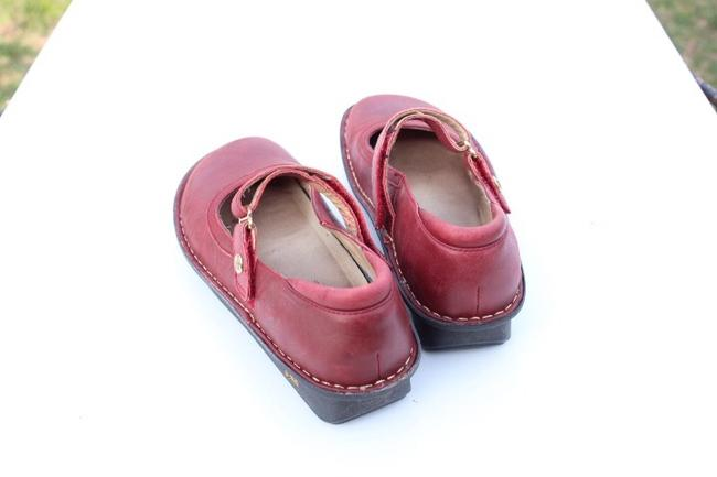 Alegria by PG Lite Red Bell Mules/Slides Size US 7 Regular (M, B) Alegria by PG Lite Red Bell Mules/Slides Size US 7 Regular (M, B) Image 8