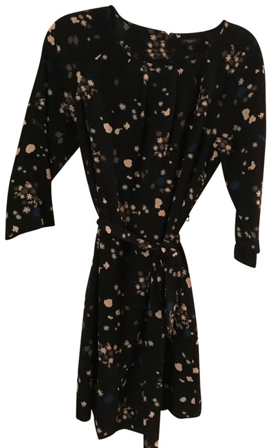 Item - Navy Blue with Pink Tan and Blue Flowers Work/Office Dress Size Petite 10 (M)