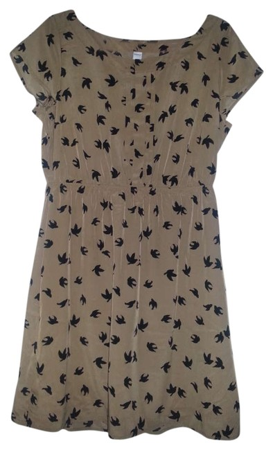 Preload https://item4.tradesy.com/images/old-navy-light-brown-fabric-knee-length-short-casual-dress-size-12-l-265993-0-0.jpg?width=400&height=650