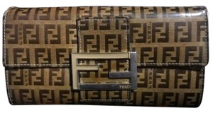 Fendi black/brown/silver Clutch