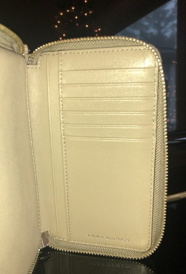 Tory Burch Wallet Image 4