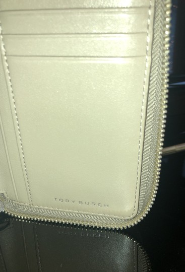 Tory Burch Wallet Image 6