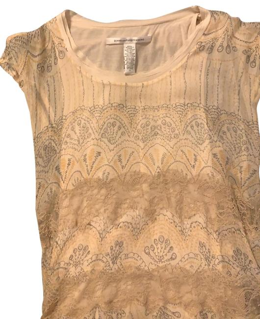 Item - Creme with Fine Black and Gold Pattern Silk/ Viscose Lined Shirt Blouse Size 4 (S)