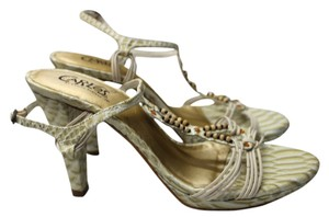 Carlos by Carlos Santana Embellished Heels 6 LIGHT GREEN Sandals