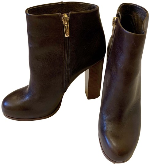 Preload https://img-static.tradesy.com/item/26606643/vince-camuto-brown-ankle-bootsbooties-size-us-8-regular-m-b-0-1-540-540.jpg