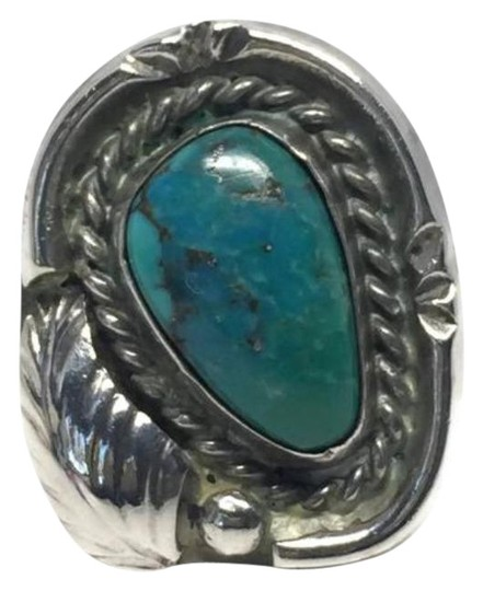 Preload https://img-static.tradesy.com/item/26606780/green-vintage-turquoise-sterling-silver-ring-0-1-540-540.jpg