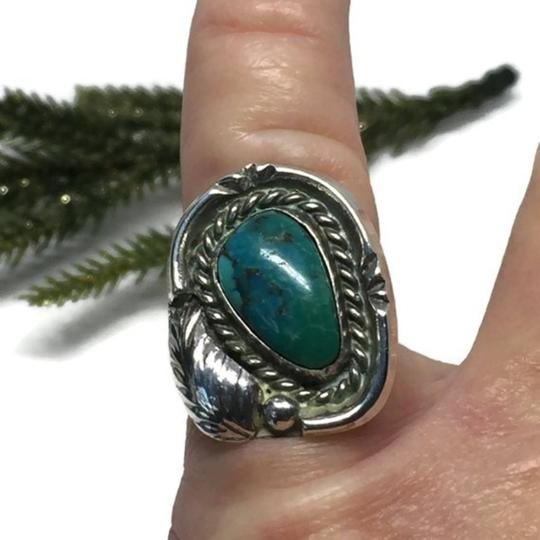 Native American Vintage Native American Turquoise Sterling Silver Ring Image 7