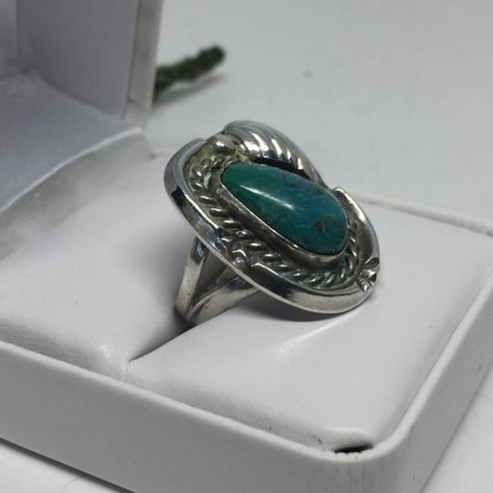 Native American Vintage Native American Turquoise Sterling Silver Ring Image 8