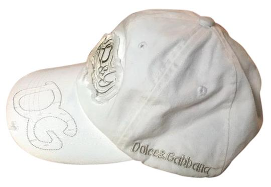 Preload https://img-static.tradesy.com/item/26606786/dolce-and-gabbana-warm-white-d-and-g-hat-0-1-540-540.jpg