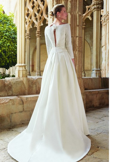 Ivory Satin Maxim Formal Wedding Dress Size 0 (XS) Image 8