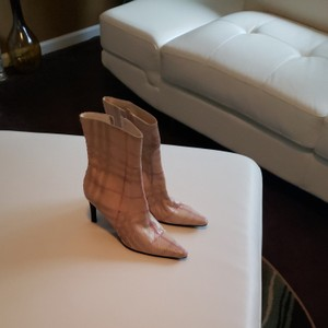 Burberry Cream with red and grey stripes Boots