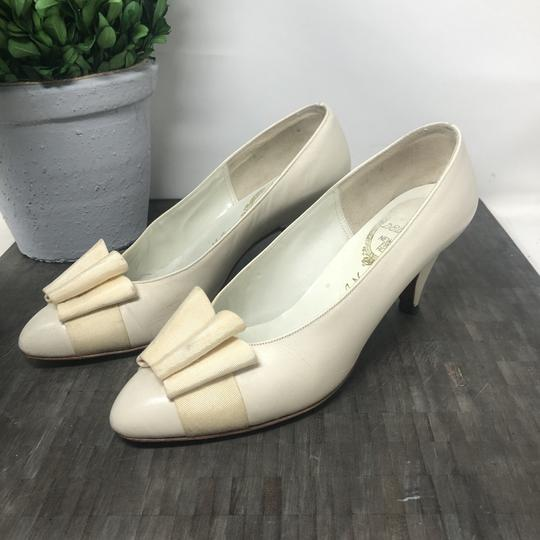 Delman Nightout Lowheels Cocktail Wedding Cream Pumps Image 2