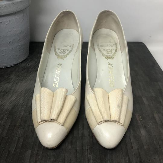 Delman Nightout Lowheels Cocktail Wedding Cream Pumps Image 3