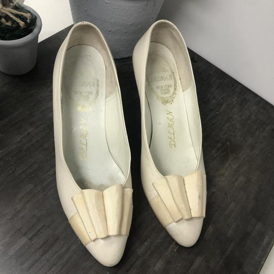 Delman Nightout Lowheels Cocktail Wedding Cream Pumps Image 6