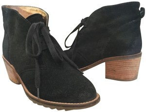 Biala Suede Lace-up Suede Black Boots