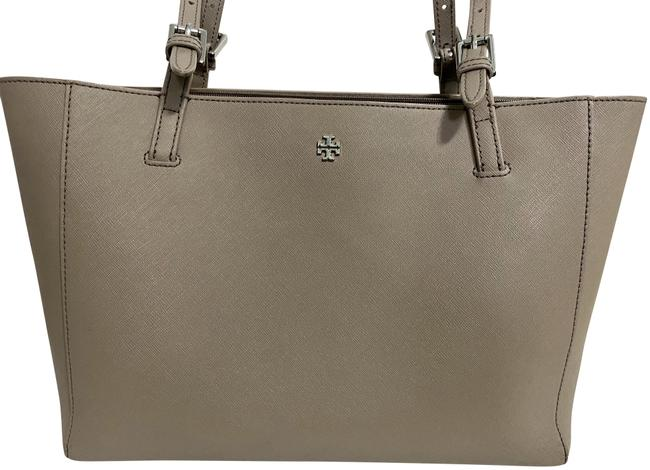 Item - Small York Tan Leather Tote