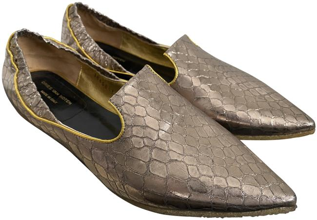 Item - Silver Dark Snake Embossed Pointed Flats Size EU 35 (Approx. US 5) Regular (M, B)