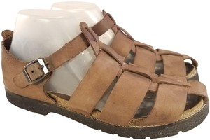 NAOT Footwear Fisherman Size 40/9 Thick Leather BROWN Sandals