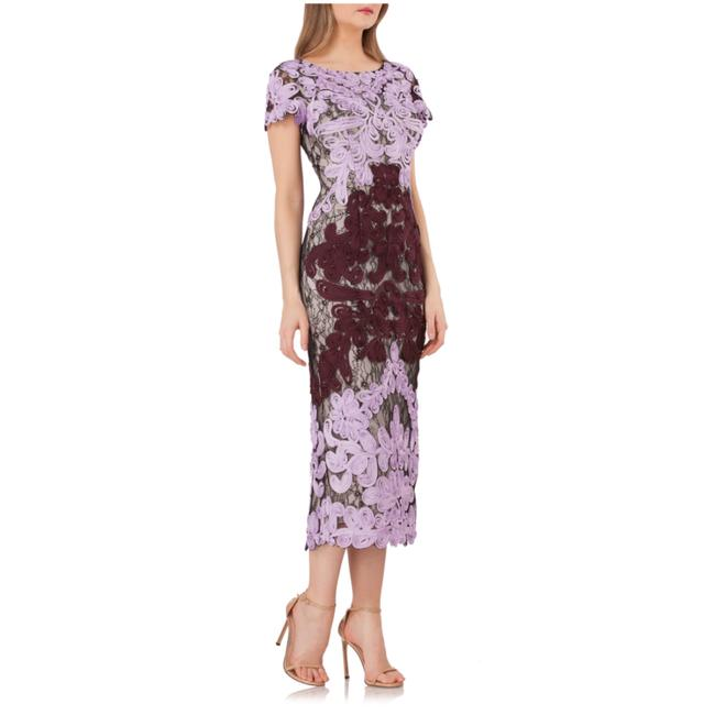 Item - Orchid / Chianti Soutache Two Tone Embroidered Lace Mid-length Cocktail Dress Size 8 (M)