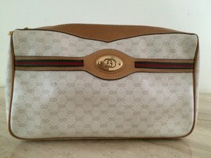 Gucci white Clutch