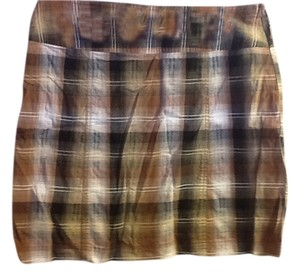 White Stag Plaid Stretch Comfortable Casual Skort Browns