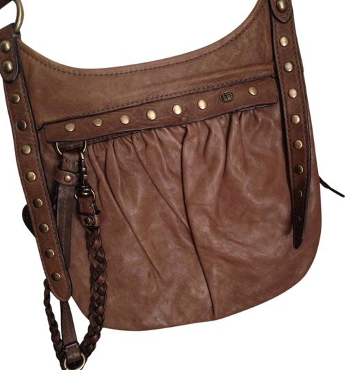 Preload https://img-static.tradesy.com/item/2661613/juicy-couture-taupe-leather-cross-body-bag-0-0-540-540.jpg