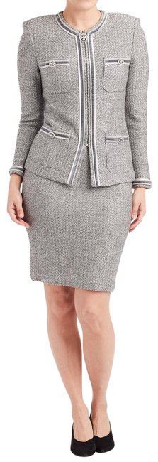 Item - Grey Collection & White Tweed Jacket & (2) #212610 Skirt Suit Size 2 (XS)