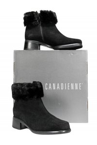 La Canadienne Shearling Fur Trimmed black Boots