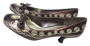 Franco Sarto Embroidered BROWN Pumps
