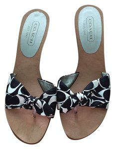 Coach Wedge Bow And White Black Wedges