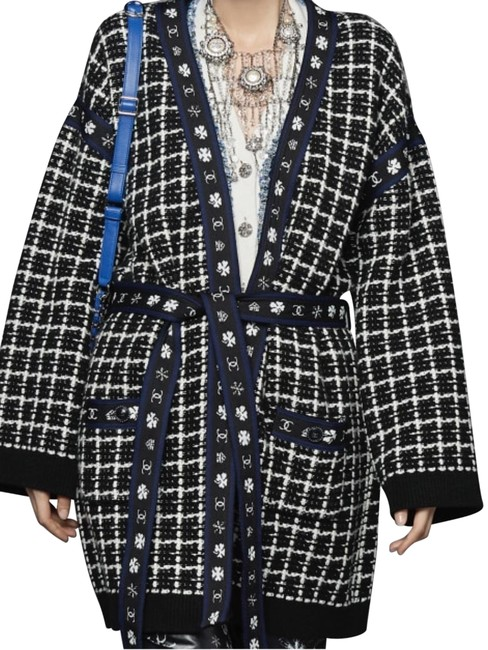 Item - Navy Blue White Cardigan Fr Jacket Size 6 (S)