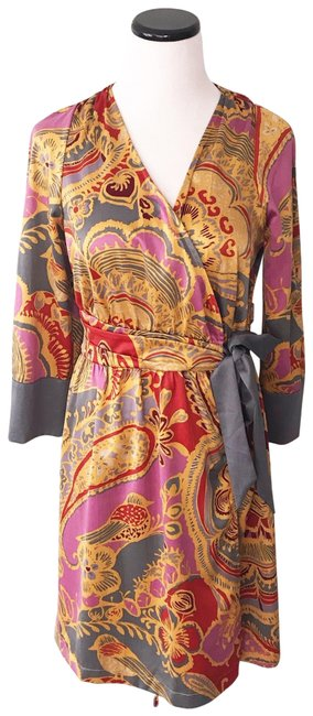Item - Gold and Gray Wrap Robe Or Short Casual Dress Size 6 (S)