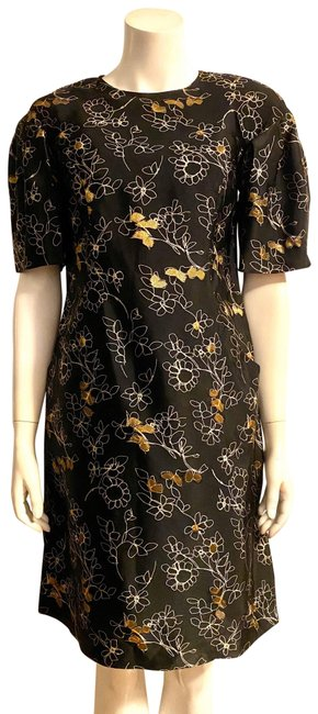 Item - Black and Gold Mid-length Night Out Dress Size 6 (S)