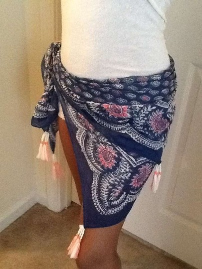 American Eagle Outfitters Beach scarves
