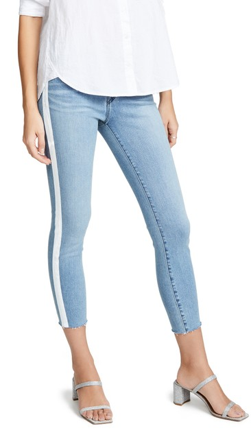 Item - Light Blue Wash Mid-rise Cropped Skinny Jeans Size 28 (4, S)