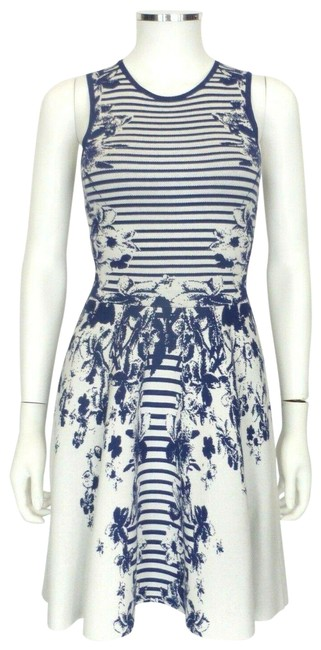 Item - Cobalt Blue/White XS Blue/White Floral-striped Sweater 38 Mid-length Short Casual Dress Size 2 (XS)