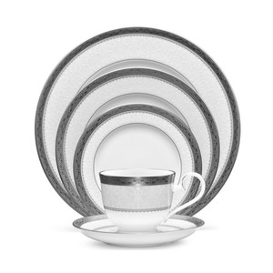 White Platinum - Silver Odessa Place Setting Tableware
