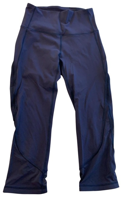 Item - Navy Train Times Activewear Bottoms Size 4 (S)