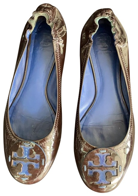 Item - Dark Brown and Blue Patent Leather Flats Wedges Size US 9.5 Regular (M, B)