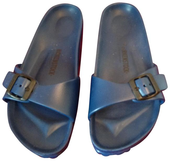 Item - Blue Plastic Sandals Size US 8 Regular (M, B)