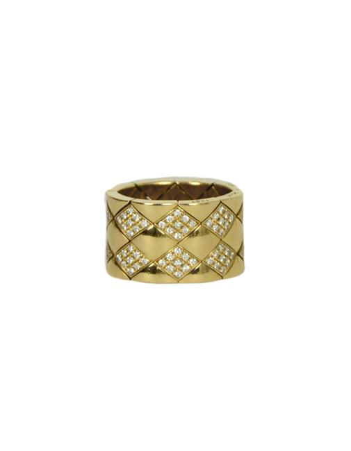 Item - Yellow Gold 18k & Diamond Quilted Coco Crush Metalasse Thick Band Ring