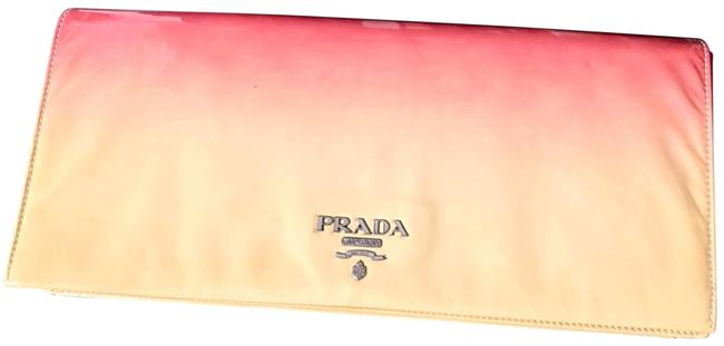Item - Style Seen Sex The City Movie Pink and Cream Beige Ombré Patent Leather Made In Italy Clutch