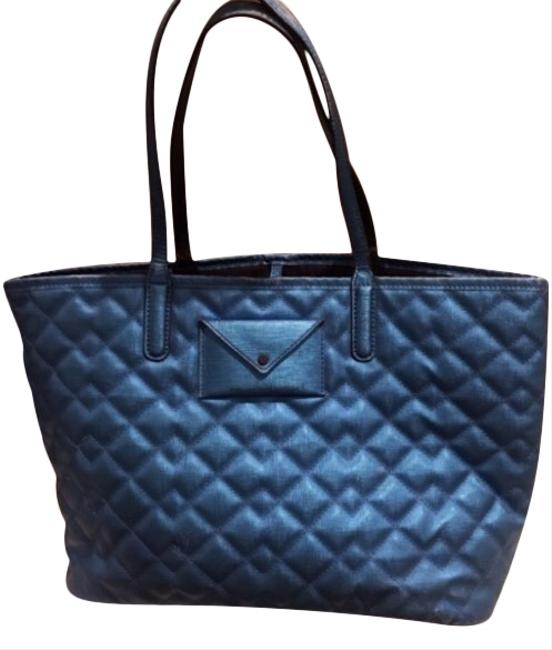 Marc by Marc Jacobs Quilted Metropolitote Blue Cowhide Leather Polyvinyl Tote Marc by Marc Jacobs Quilted Metropolitote Blue Cowhide Leather Polyvinyl Tote Image 1