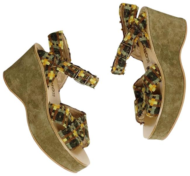Item - Green Tweed Platform Sandals Size EU 37 (Approx. US 7) Regular (M, B)