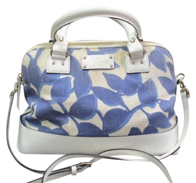 Item - Harmony Wellesly Leaves Tote Blue / White Canvas Satchel