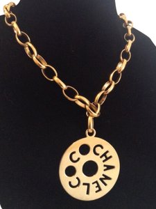 Chanel RARE VINTAGE 1960's CHANEL FAMOUS GOLD PLATED CUTOUT NECKLACE / BELT