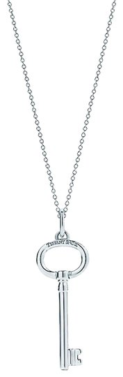 Preload https://img-static.tradesy.com/item/26649461/tiffany-and-co-sterling-silver-large-oval-key-necklace-0-1-540-540.jpg