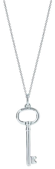 Preload https://img-static.tradesy.com/item/26649472/tiffany-and-co-sterling-silver-large-oval-key-necklace-0-1-540-540.jpg