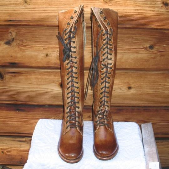Bed|Stü Brown Boots Image 1